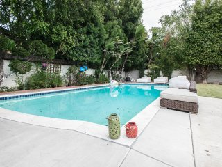 Beverly Hills Guest House! Pkg! Walk to Rodeo Dr