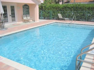 1st Floor condo in Lely Landings