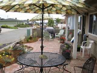 Beautifully Remodeled Home. High-End Furnishings. 3 Blocks to Beach on Ocean Side of Freeway., Morro Bay
