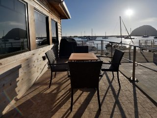 Amazing Waterfront Condo with Fabulous Views! ADA compliant. Pet Friendly. LR1
