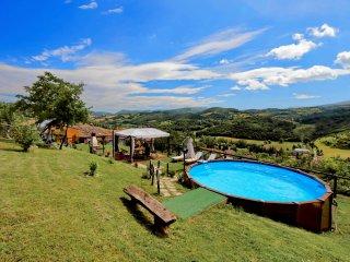 Romantica casetta con piscina privata e wi fi