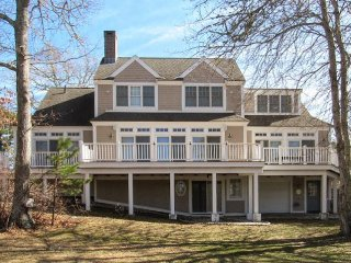 10 Spoondrift Circle, Mashpee