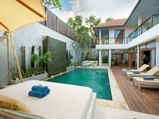 Villa Coco Bidadari - 4BR Seminyak