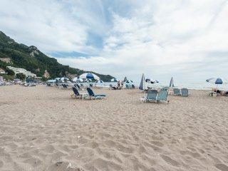 La Corfiota - Beach Garden Studio Apt in gorgeous villa at Corfu's west coast