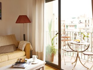 Flat for friends/family FREE WIFI, Barcellona