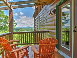 New Listing! Secluded 3BR Morganton High Country Mountain Cabin w/180 Degree Views, Hot Tub, 2 Fireplaces, Deck, Satellite TV, Wii & Free Wifi!