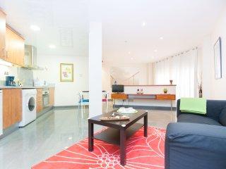 Nice modern flat near PlazaCataluña, Barcelona