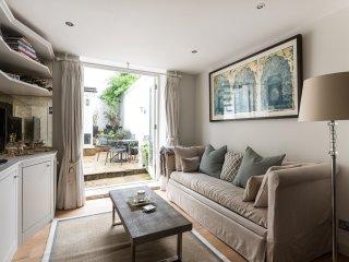 One Fine Stay - Roland Gardens IV apartment