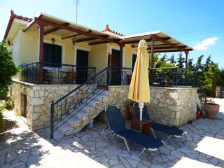 Villa 'ATHINA' 2 apartments with pool and garden.