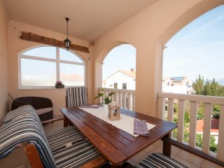 Lavanda - Two Bedroom Apartment with Sea View