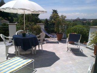 Vista straordinaria Confort  Centrale Romantico grandi terrazze parking 2p WIFI