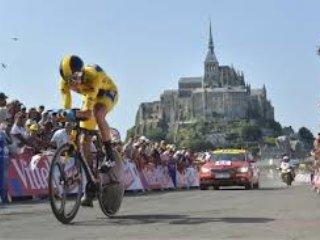 Tour de France départ. Mt St Michel, 2 Juillet 2016