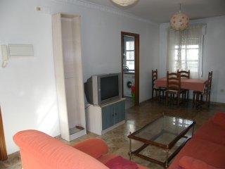 Junto a MEZQUITA, cómodo y moderno apartamento, Córdoba