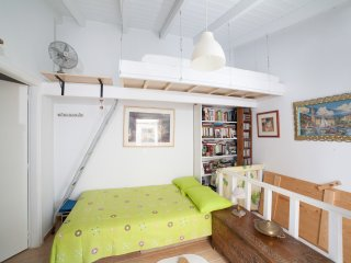 Home in hippest spot of Chania old town!, La Canea