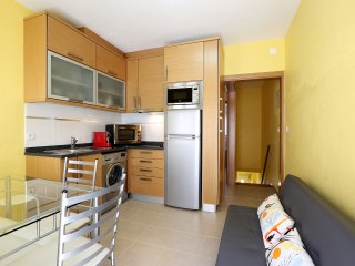 One bedroom apartment 4-minute walk from the beach
