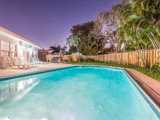 1 TradeWinds-by-the-Sea,  4 Bedrooms/2 Baths with a heated pool., Lauderdale by the Sea