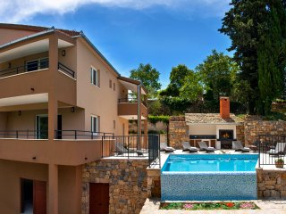 Villa Mosor with heated pool and whirpool near Split and Omiš