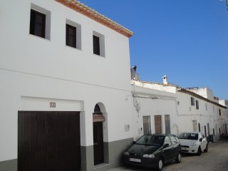 Beautiful, renovated 3 bedroom townhouse - Valencia Tourist Board Registered, Oliva