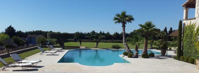 Un Eden en Provence, a Magnificent B&B Resort