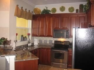 Fully Furnished, Gated Community, Central Location, Tampa