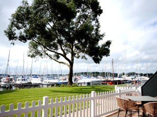 Luxury Apartment on  Chichester Marina (4), Birdham