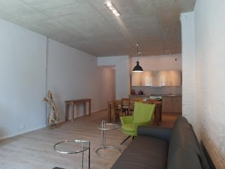 Vacation Apartment in Brandenburg an der Havel - 872 sqft, central, modern, spacious (# 9654), Brandenburg City