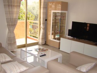 APPARTEMENT CANNES 4 PERS LUXE 2 TERRASSES GARAGE, Cannes