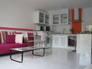 great,nice,cheap/54m2/SATHORN,SILOM,YEN AKAT