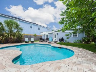 Atlantic Dawn, 3 Bedroom, Private Pool, Pet Friendly, Sleeps 6, Jacksonville Beach