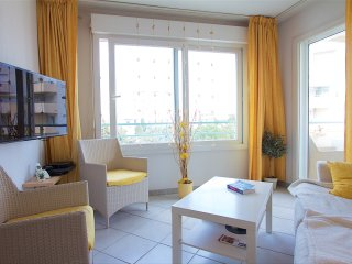Joli studio clim balcon centre 200m plages 3pax, Niza