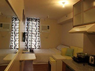FULLY FURNISHED  CONDO FOR SHORT TERM RENTAL, Pasig