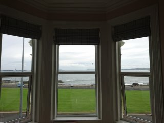 Portrush Lansdowne Cresent Sea view Apartment