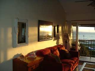 Full Maui ocean view, 2nd floor, 2BR, 1Bath,