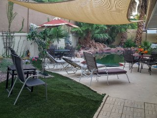 Serenity Springs LV Strip Villa,sleep 26,7 bd,3 bh, Las Vegas