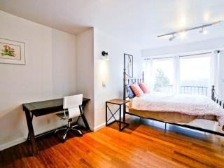 Cozy apartment with views of SF, aluguéis de temporada em South San Francisco