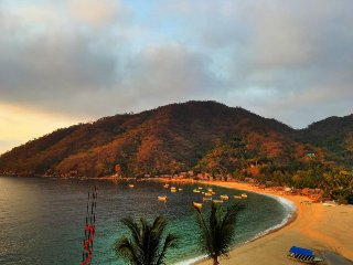 Beautiful 3 Bdrm Palapa in Yelapa!!