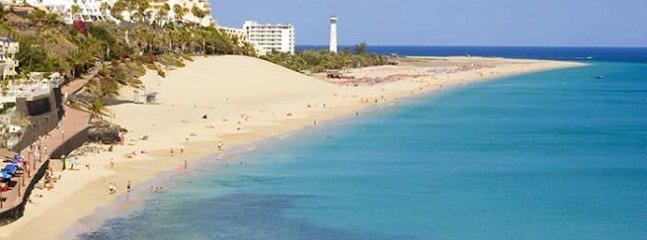 Playa de Morro Jable a 5 minutos andando desde la casa