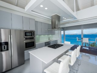 Brand New - Sleek, Ultra Modern, Cottage for Two, Cruz Bay