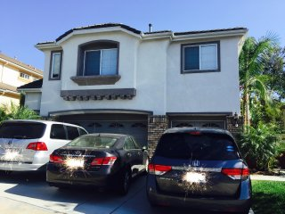 Charming House in a Gated Community!!, San Diego