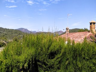 Sierra Natural Reserve 4BD House near Valencia