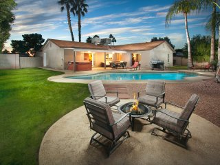 Walking Distance to Restaurants and Shops - Pool, Scottsdale