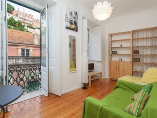 CHARMING APARTMENT IN THE HEART OF LISBON!!!!