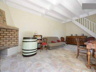 Maison vendangeurs avec piscine, Aigues-Vives