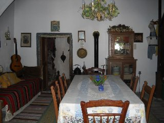 Traditional Cretan Village Home in Heraklion