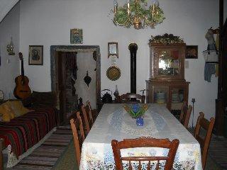 Traditional Cretan Village Home in Heraklion