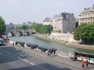 PARIS 6° - 3 P - VUE SUR SEINE ET NOTRE DAME