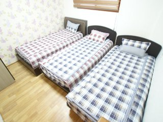 Triple room with ensuite(E type) - 3single beds, Busan