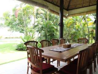 Bahagia Dining Terrace