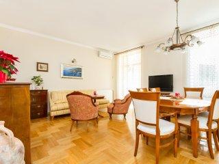 Acacia - luxury apartment 4 badrooms/3 bathrooms, Split