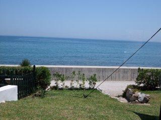 Sea front, first line beach Villa, Estepona